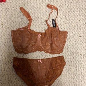 Lace bra and panty set